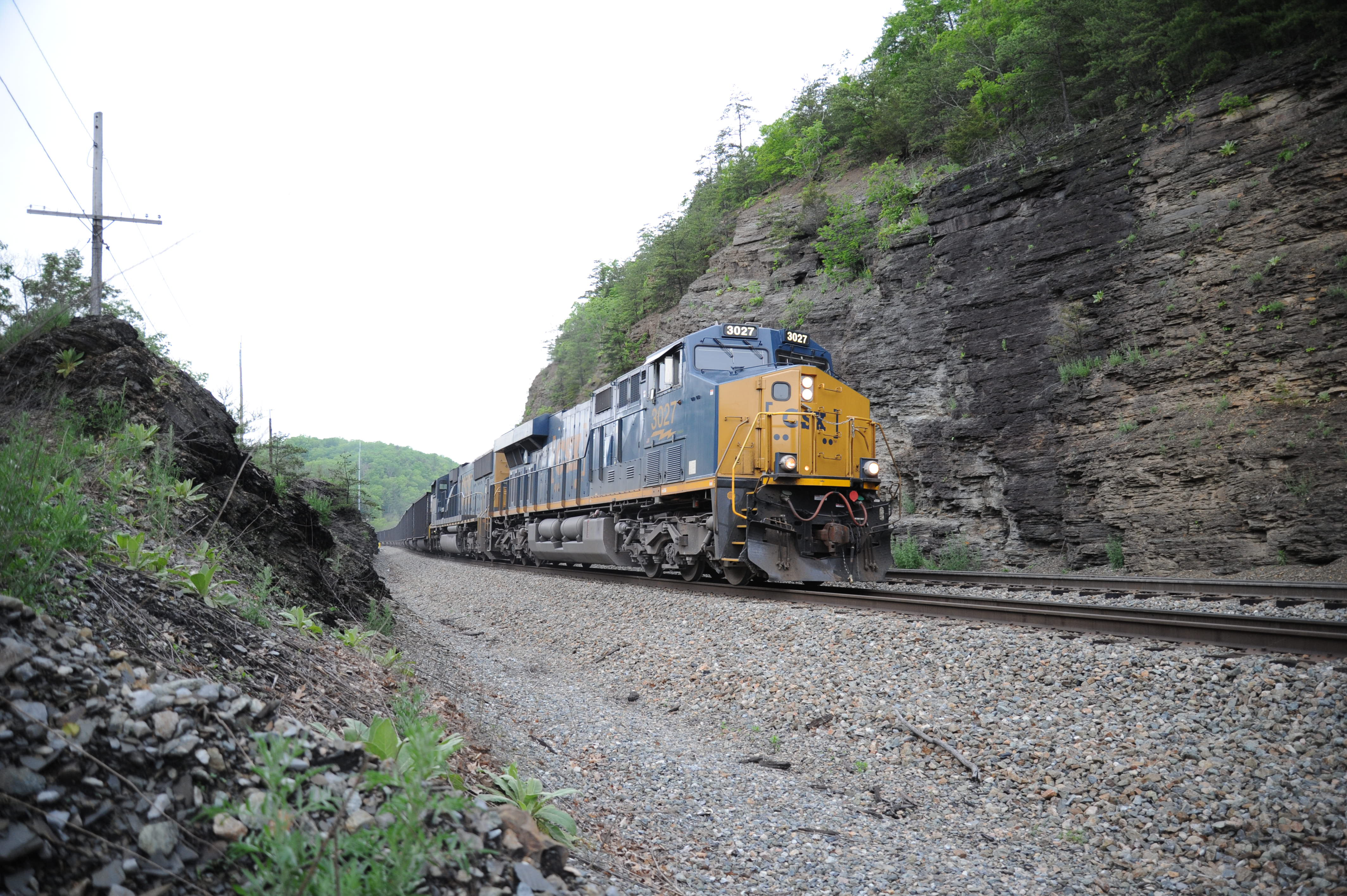 Csx What Changed Trains Magazine News Wire Railroad Lionel Train Track Wiring Like A Deer Caught In The Headlight Of Southbound Clinchfield Manifest Tunnel Near Altapass Nc I Am Bewildered At Thought That