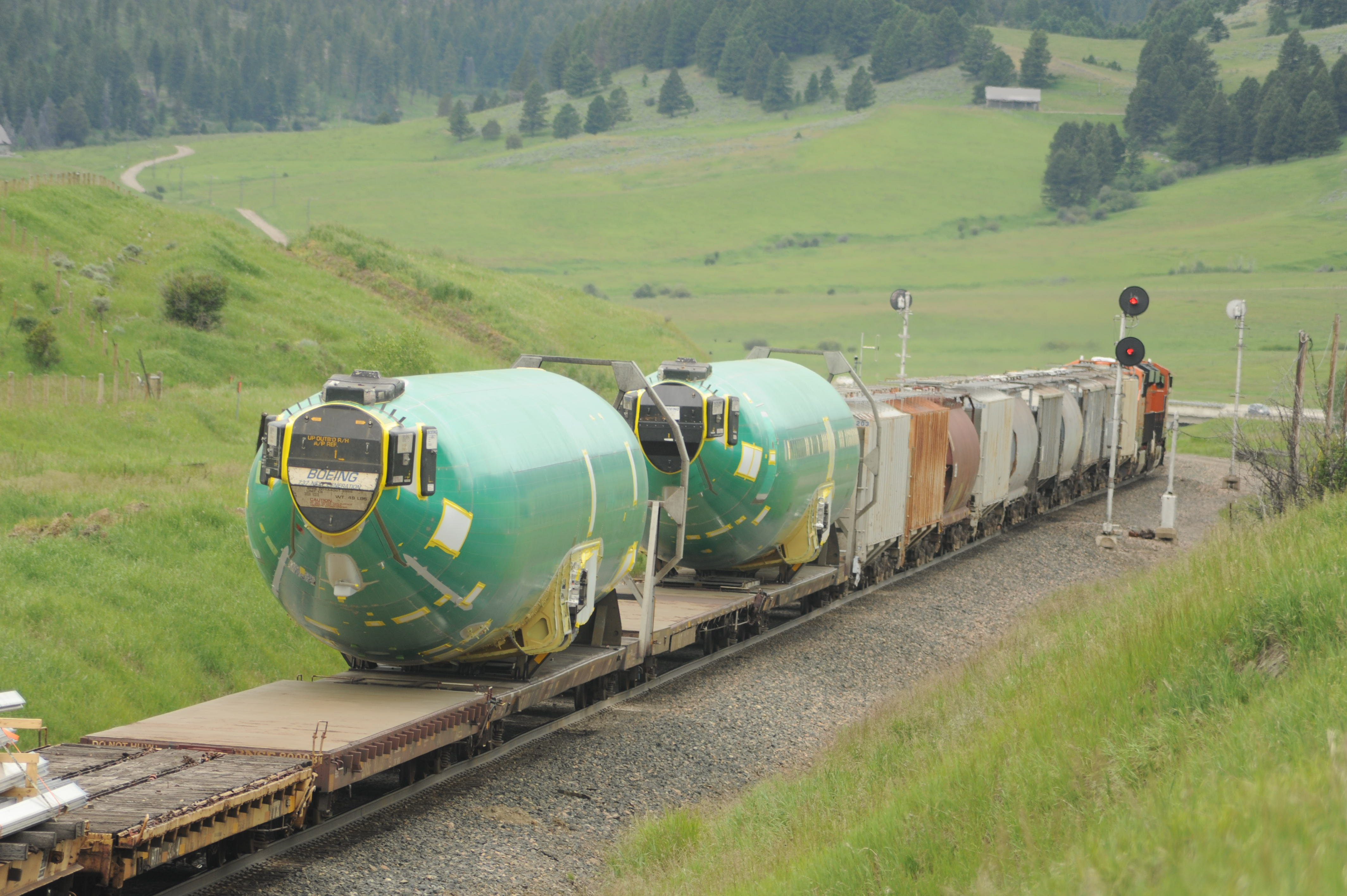 A Pair Of Boeing 737 Fuselages Head West On Mrl At Bozeman P June 20 2017 Jim Wrinn Photo