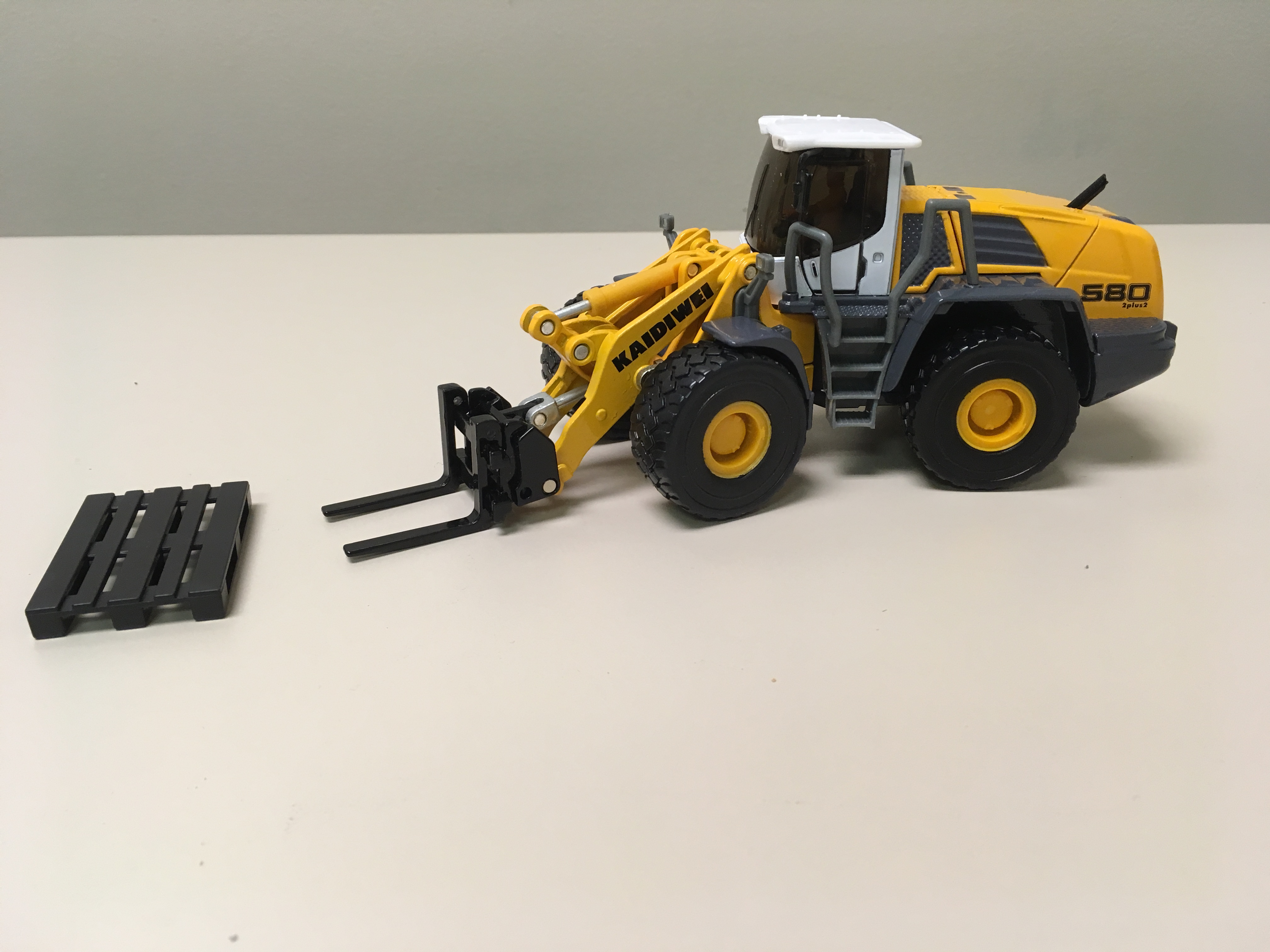 New Die Cast Metal Online Only Construction Gear From